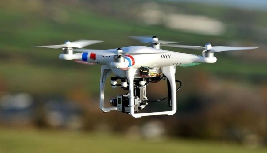 c_Drones